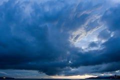 在风暴西方的温哥华的云彩 库存图片