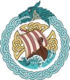 在风雨如磐的海的Drakkar航行斯堪的纳维亚花圈的框架的与dragon& x27的; s头 向量例证