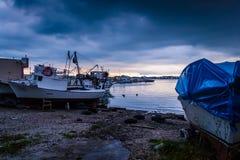 在风暴前的镇静港口 库存照片