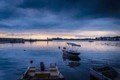 在风暴前的镇静港口 免版税库存照片