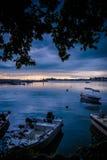 在风暴前的镇静港口 图库摄影