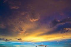 在风暴前,金合欢小山, 2013年 免版税库存照片