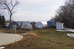 在风暴以后的一个农场 库存照片