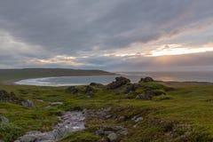 在风暴以后的北海海岸 免版税库存图片