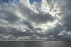 在风暴以后的天空 库存照片