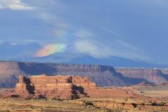 在风暴以后的峡谷地国家公园 免版税库存照片