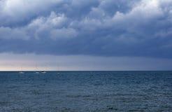 在风暴期间的海 免版税库存图片
