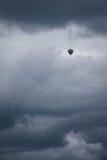 在风暴的Baloon 免版税库存照片