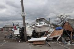 在飓风桑迪以后的失败的汽车 免版税库存图片