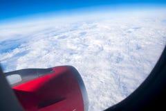 在飞机上的天空和云彩视图 免版税库存照片