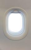 在飞机的窗口 库存图片
