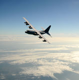 在飞行中货物飞机 免版税图库摄影