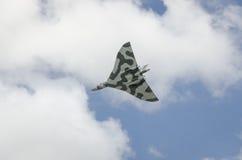 在飞行中XH558 Avro沃尔坎火山轰炸机 库存图片