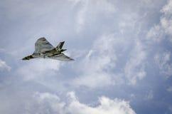 在飞行中XH558 Avro沃尔坎火山轰炸机 图库摄影