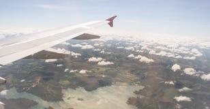在飞行期间被看见的湖 免版税库存图片