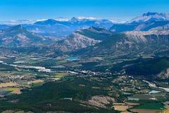 在飞行期间的圣徒安德烈列斯Alpes 免版税库存照片