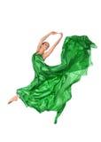 在飞行缎礼服的跳芭蕾舞者 免版税库存图片