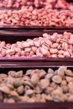 在食物市场上的纤巧 库存照片