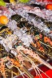 在餐馆显示的新鲜的龙虾 龙虾新鲜抓住食家旅游业的在亚洲 库存照片