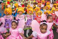 在首都在佛得角,普腊亚的每年狂欢节。 库存图片