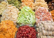 在香料义卖市场,伊斯坦布尔的干果子 免版税图库摄影