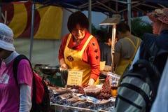 在香港花卉展览的食物摊位 免版税库存图片