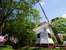 在马六甲的风车 免版税库存照片