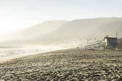 在马利布海滩,加利福尼亚的秋天 免版税库存照片