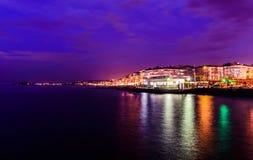 在马尔马拉海的海边镇 免版税库存照片