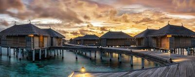 在马尔代夫的强烈的日落 免版税图库摄影