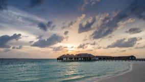 在马尔代夫的愉快的天 免版税库存图片