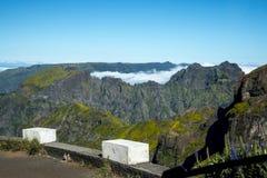 在马德拉岛的海岛的北部的山 免版税图库摄影