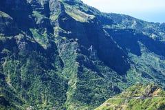 在马德拉岛的海岛的北部的山 图库摄影