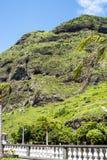 在马德拉岛葡萄牙的海岛上的钦琼特佩克火山 图库摄影