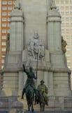 在马德里的西万提斯Saavedra雕象 图库摄影