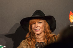 在马德里首放星期戏院事件的Elisa连披肩之头纱在卡亚俄广场,马德里 免版税图库摄影