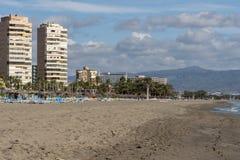 在马拉加机场附近的Playa Bajondillo 图库摄影