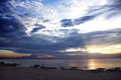 在马拉维湖, Chintheche,马拉维的日出 免版税库存图片