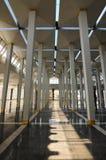 在马来西亚全国清真寺Masjid Negara的亦称柱子 免版税库存照片