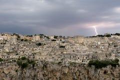 在马泰拉的雷暴 库存图片