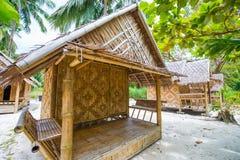 在马的竹小屋穿上鞋子缅甸的海岛 免版税库存图片