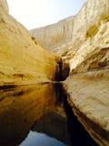 在马萨达,以色列附近的洞 免版税库存图片