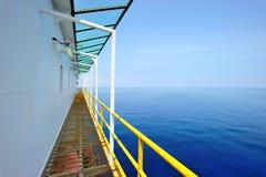 在驳船paltform的走廊 免版税库存图片