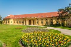 在骑马大厅的看法在Lednice城堡-捷克共和国,摩拉维亚区域  库存照片