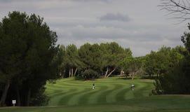 在高尔夫球的孔17,掌握13日2013年 库存图片
