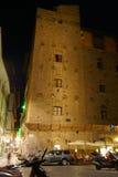 在高层建筑物的中世纪晚上在佛罗伦萨 免版税库存图片
