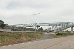 在高方式路的具体桥梁 库存图片
