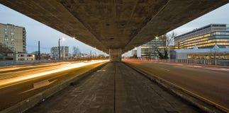 在高速公路之下 免版税图库摄影