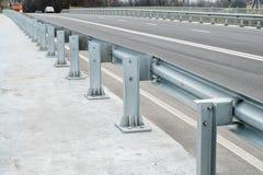 在高速公路桥梁的停机拦截网 免版税库存图片