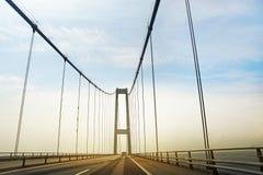 在高速公路的交通 免版税库存图片
